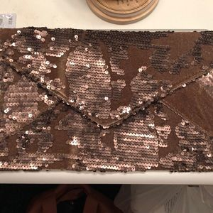Lulus NWT clutch with chain strap